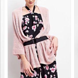Tops - Easel Pink kimono 💕